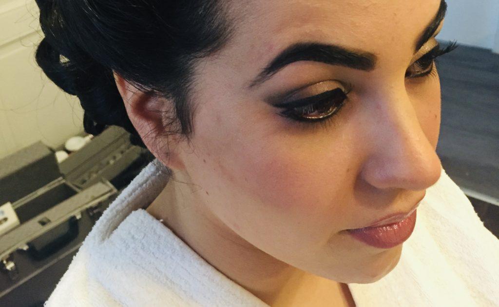 un maquillage soutenu pour une jolie mariée